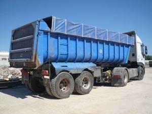 Camión de traslado de residuos